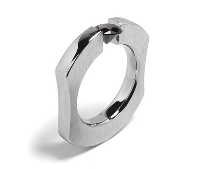1ct Black Onyx Ergonomic Tension Set Ring in Stainless Steel
