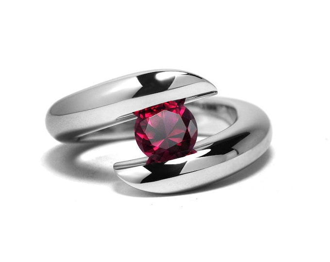 1ct Garnet Ring Bypass Tension Set Mounting in Stainless Steel by Taormina Jewelry