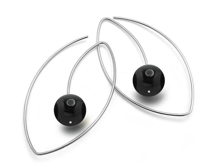 Black Onyx Wire Oblong Earrings in Stainless Steel