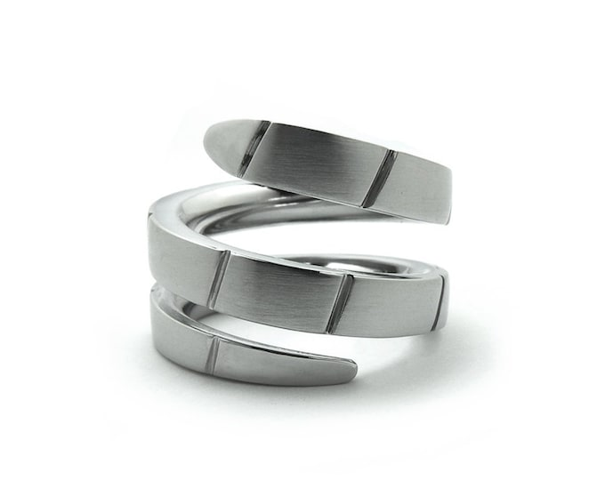 Snake Cocktail Right Hand Ring in Stainless Steel