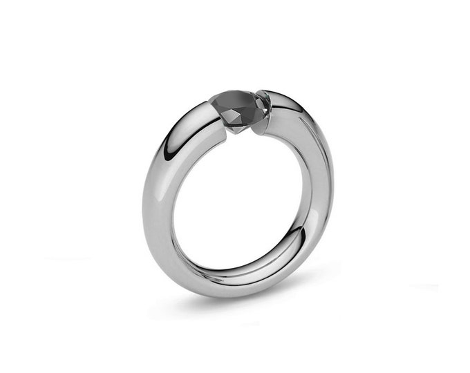 Black Onyx Tension Set Tapered Ring in Stainless Steel