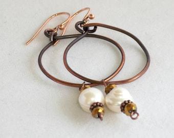 Hoop Earrings , copper and Freshwater Pearl