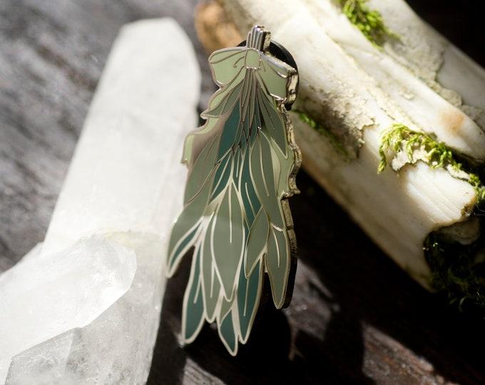 Green Witch Herb Bundle Enamel Pin
