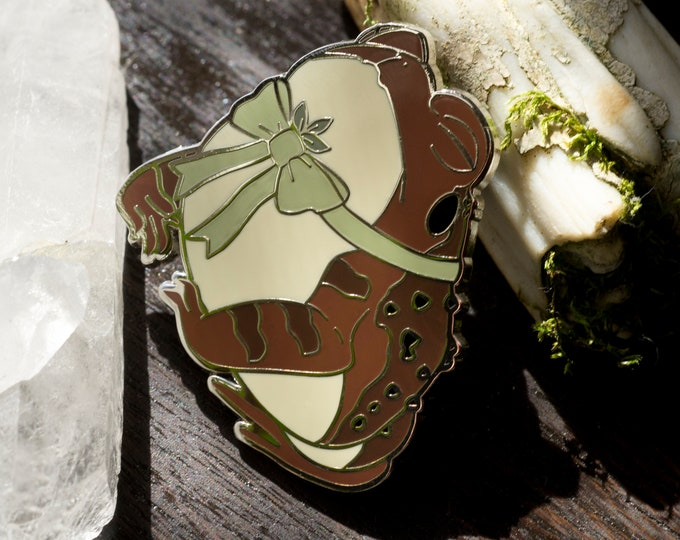 Green Witch Toad Familiar Enamel Pin