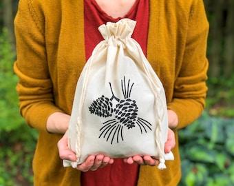 Knitting Bag, Project Bag, Pinecones Bag, Gifts for Knitters, Gifts for Makers, Gifts for Crocheters, Muslin Bag, Nature Bag, Drawstring Bag