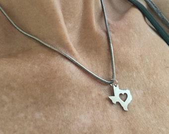 Texas State Stainless Steel Mini Charm Necklace, Beach Girl Jewelry,  Tiny Metal Texas Cutout Charm on Chain, Texas with Star, Texas Pride