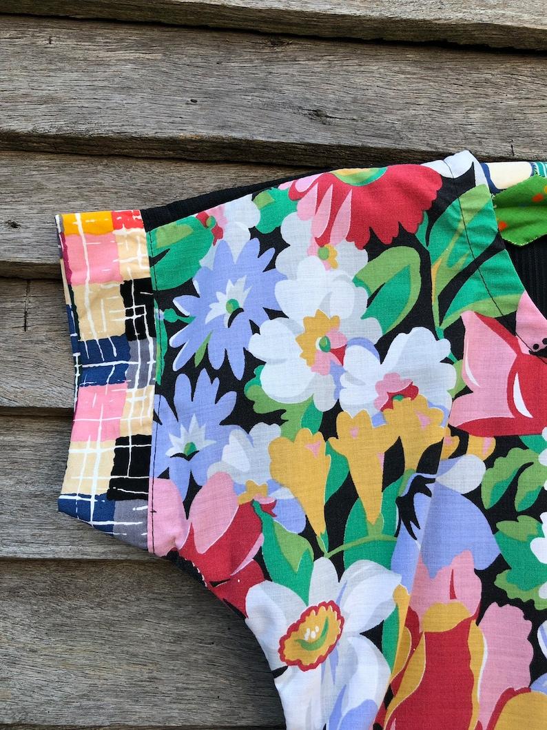 flowers black floral Size 8-Ladies dolman style top vintage fabric blouse floral vintage sheeting