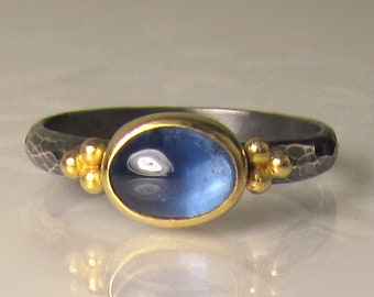 Blue Sapphire Ring, 22k Yellow Gold and Sterling Silver Granulated Ring, Hammered Blue Sapphire Cabochon Ring