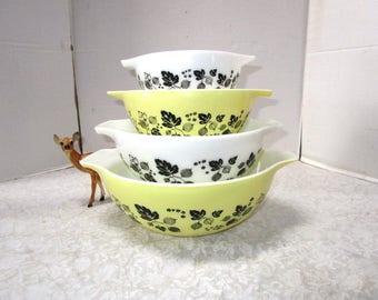 Rare Vintage Pyrex Nesting / Mixing Bowls, Gooseberry Cinderella Bowls Complete Set of 4, Midwest Farmhouse Kitchen Retro 1950s