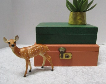 Pair of Vintage Jewelry Boxes, 2 to Stack, Coral & Dark Green w/ Gold Fleur-de-Lis, Hinged Lid, Green Satin Lining, Divided Pop Up Shelf