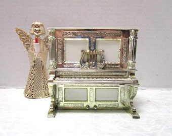 Vintage Salt and Pepper Shakers, Unique Liberace style Piano, Push up Dispenser, Gold Trim, Davis Products USA, Kitschy Cool, Doll house