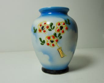 Made In Occupied Japan Mini Ceramic Vase with Flowers.