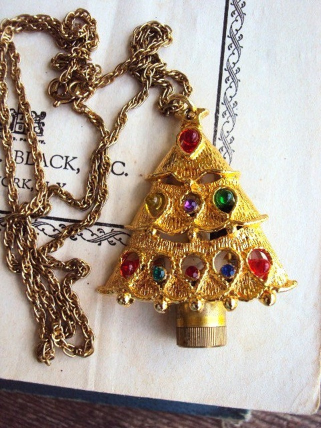 image 0 - Lighted Christmas Necklace