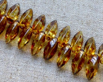 free UK postage - Strand of 25 Czech Glass Twist Beads Crystal Picasso TWST612-C86800