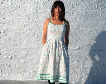 Vintage 1970s White Floral Fifties Style Day Dress by Lanz Original S/M