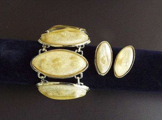 Vintage Jewelry Set, Bracelet and Earrings, Yellow