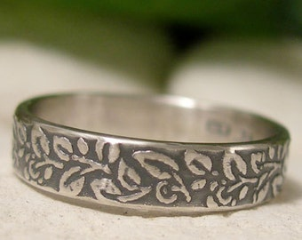 Sterling Silver Leaf Ring Band, Narrow 4mm Half Band Woodland Ring, Artisan Vine Pattern Textured Ring, Antique Style Rustic Nature Jewelry