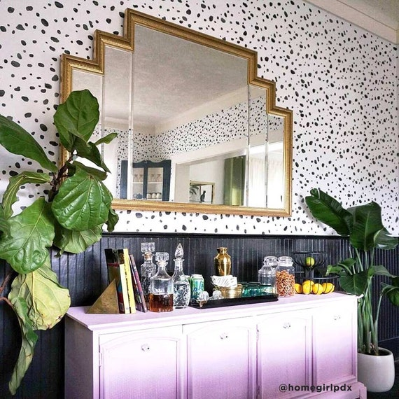 Dalmatian Spots Stencil - LARGE WALL STENCILS instead of Wallpaper - Easy  to Use Wall Stencils for a Quick Room Update - Stencils for Walls