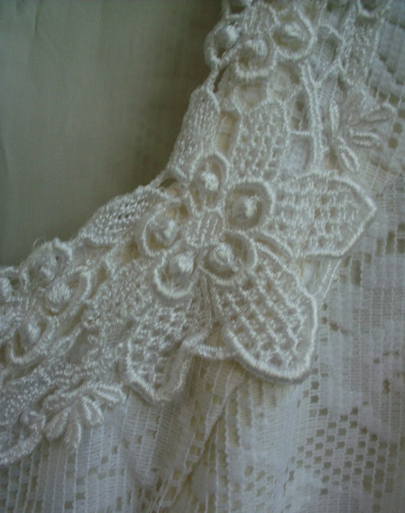 Gunne Sax Dress  Bridal White Ribbon and Lace Siz… - image 2