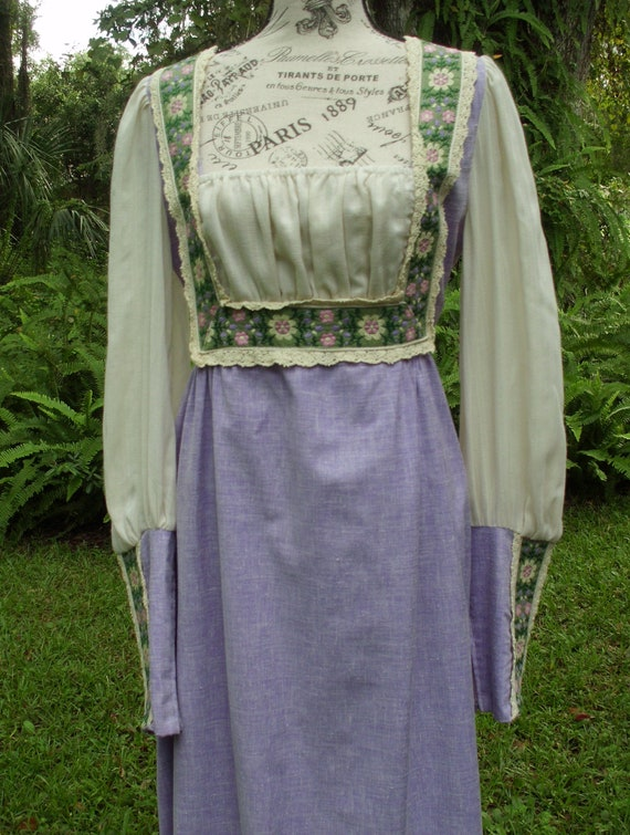 Reserved***Gunne Sax Black Label Dress Ren Style … - image 6
