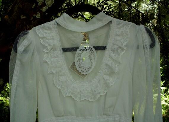 Gunne Sax Medallion Dress Romance Style in White S