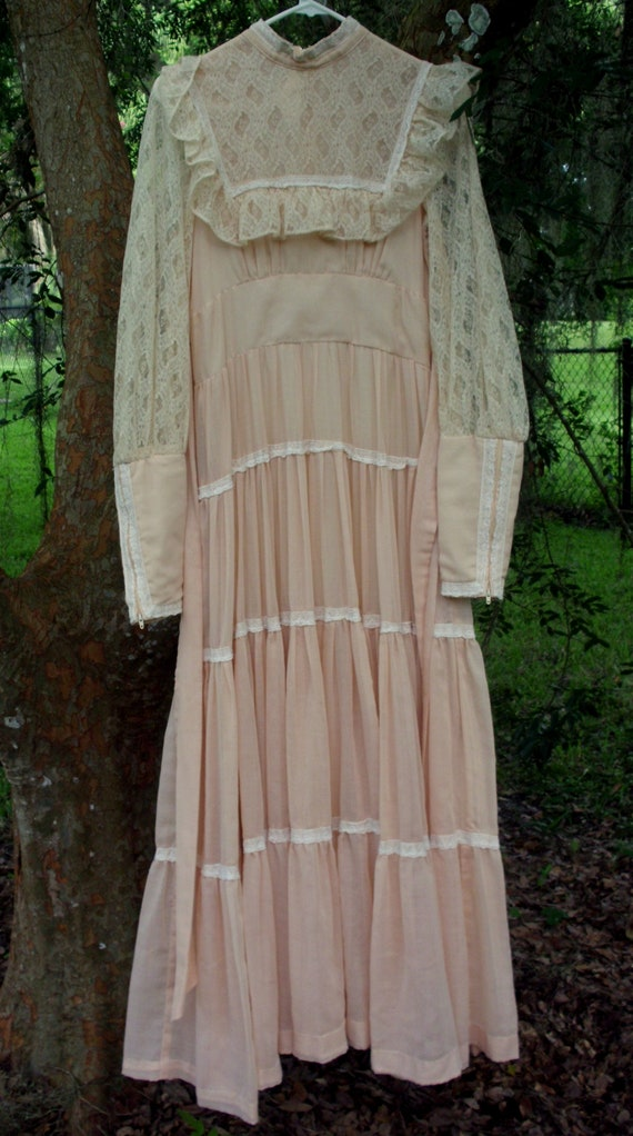 Gunne Sax Dress in Pale Peach Size 13 - image 3