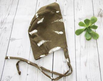 Feather Gender Neutral Organic Cotton Bonnet