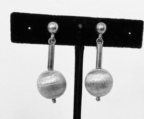 Cool Four Design Minimalist Simply The Best Dangle Silver Earrings Urbanist!!
