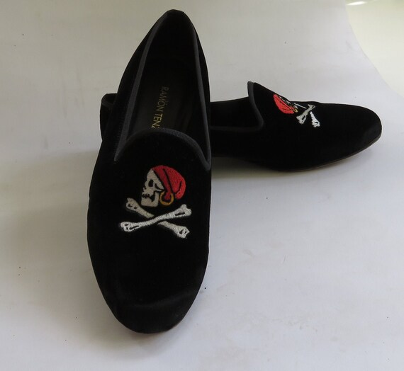 venetian velvet slipper shoes pirate black velvet