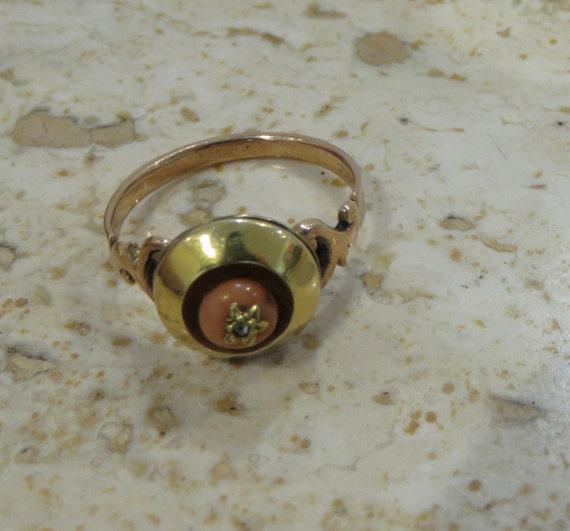 Victorian ring Coral diamond gold Star