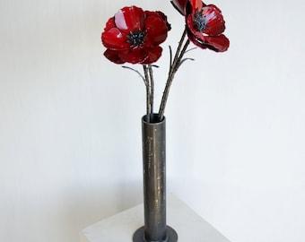 Metal poppy flower arrangement - Industrial flower bouquet - Metal poppy flower art - Poppy sculpture in vase - Red poppies - Flower art