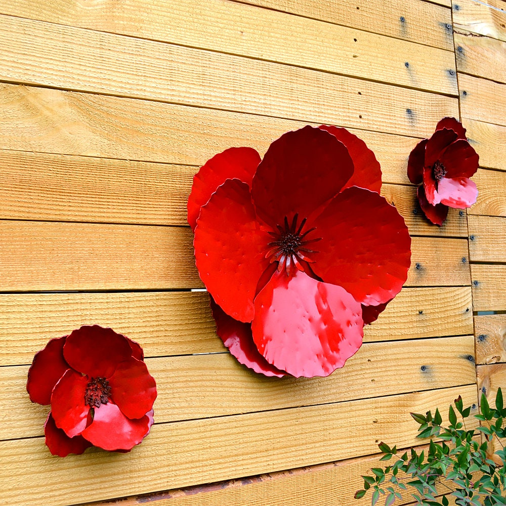 Giant Wall Hanging Poppy Set of 3 Red Metal Flowers   Etsy