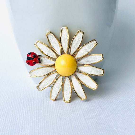 Vintage 60/'s Enamel Flower Brooch or Pin Signed by Weiss