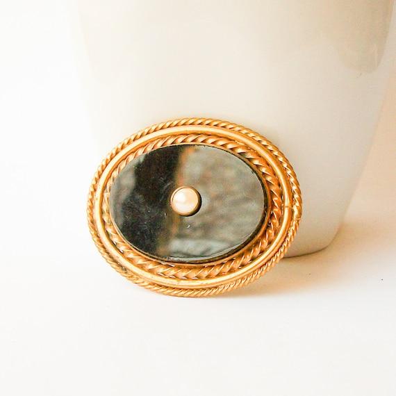 Vintage Pearl Brooch - image 1