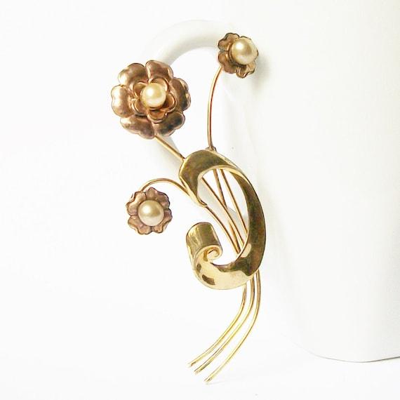 Vintage Pearl brooch, 1940 Pearl Jewelry - image 1