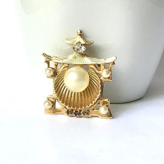 Vintage Pearl Brooch by Denbe - image 1