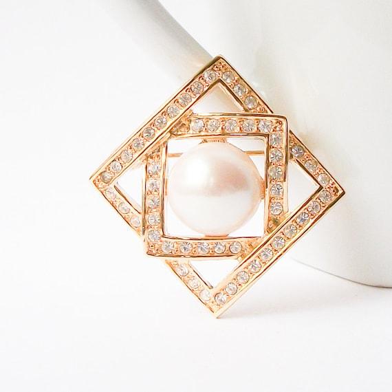 Vintage Pearl Brooch,  Pearl Pin - image 2