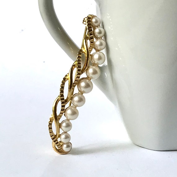 Vintage Pearl Brooch - image 4