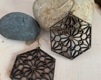 Mandala Earrings / Wood Earrings / Bridesmaid Earrings / Intricate Earrings / Lightweight Mandala from Wood / Hypoallergenic / hexagon