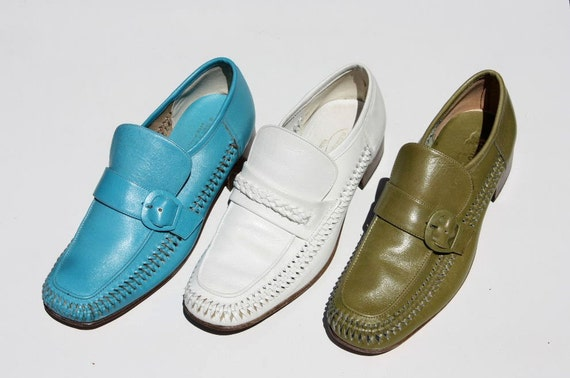 60s/70s Italian avocado green leather loafers