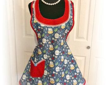 Retro Kitchen woman's full apron ( has cute retro Pyrex bowls on fabric)