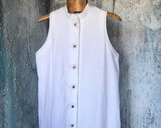 White Cotton Band Collar Sleeveless  Shirt with design hole on the back