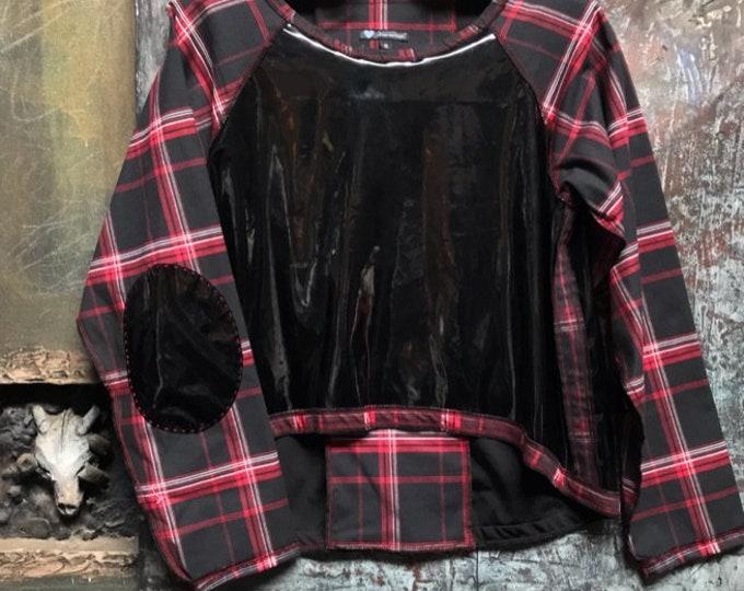 Black shiny body and plaid raglan sleeve top   CC0187