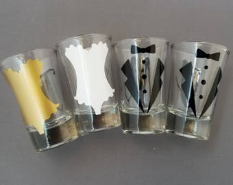 Shot Glasses, Personalized Custom Bridal Party ,Bachlorette party, Bachelor shot glasses, custom shot glass, Bridal party