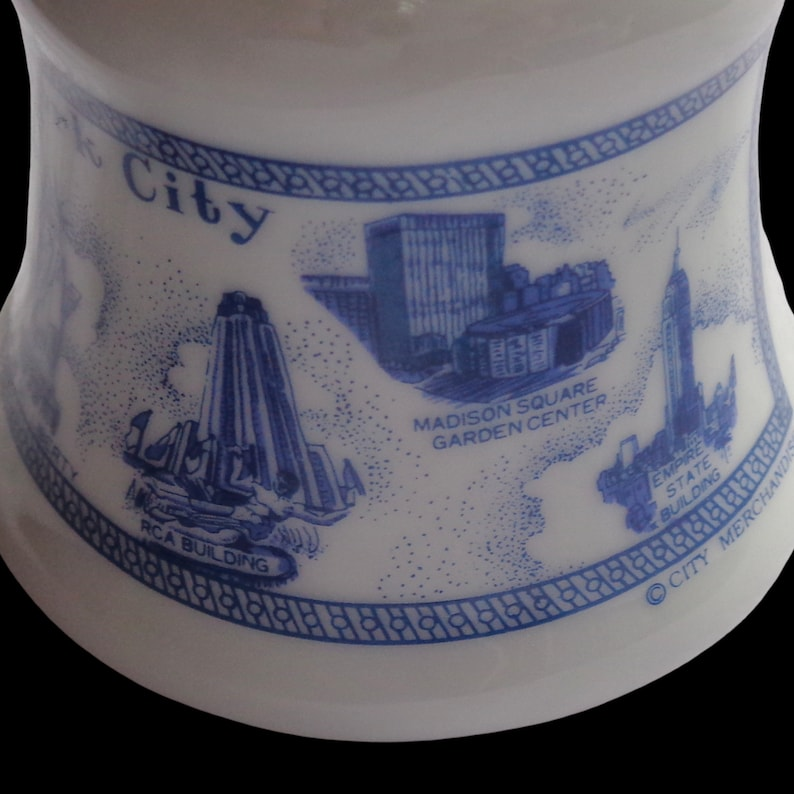 Vtg 2000 White Blue New York City Hand Bell With World Trade Center Statue Of Liberty Empire State Building PLEASE READ
