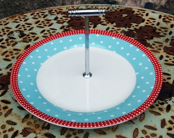 Vintage style cake stand / sandwich plate