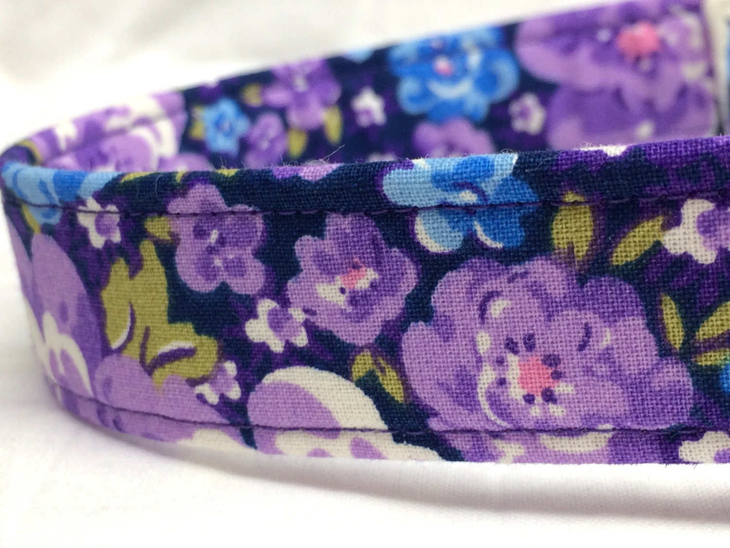 Pretty Purple Flowers Fabric Dog Collar Blue