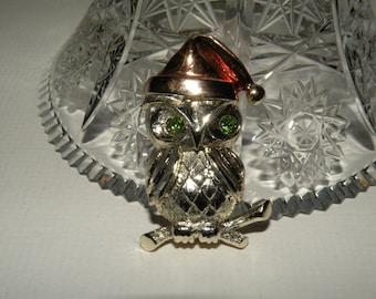 LANCER Vintage Owl Brooch
