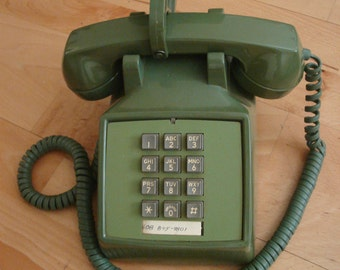 Push Button Phone - Green