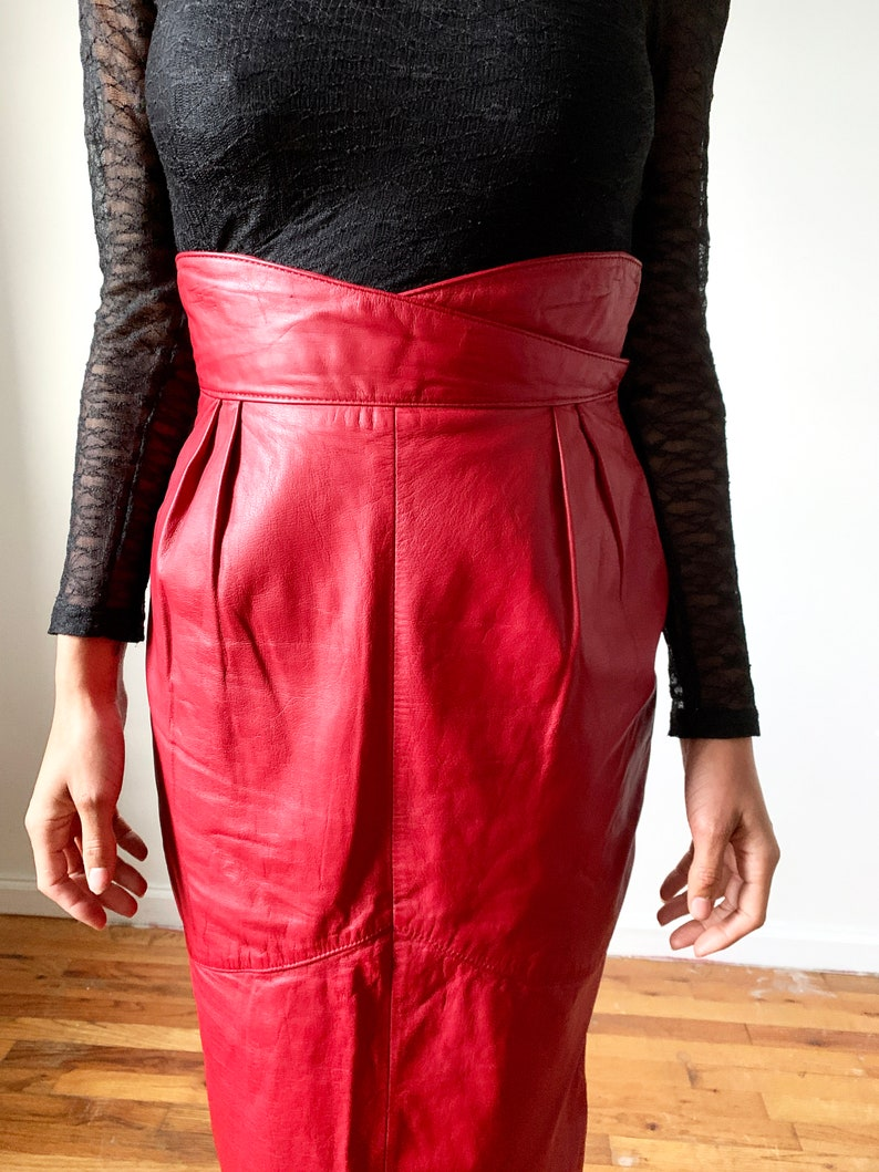 Vintage 80s Skirt  Vintage 80s Red Leather Skirt  1980s Vintage Leather Skirt  Long Pencil Skirt  Yoke  Small XS  1980s 1990s 90s